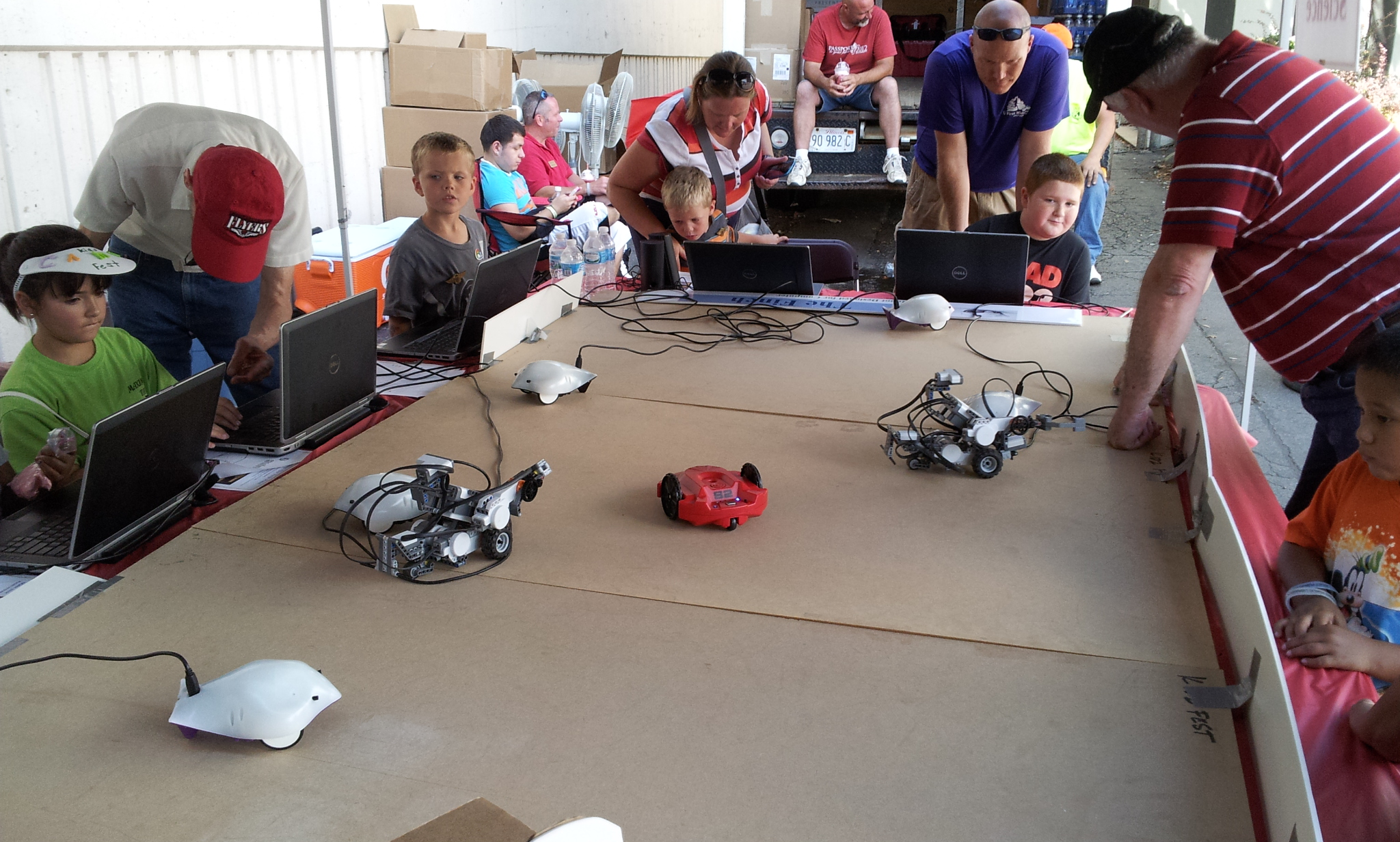 Introducing Kids to Computer Science: Lessons from Kidzfest 2013