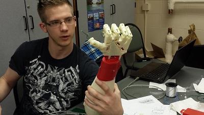 Computer Science Students Build and Program a Robot
